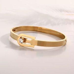 Jewelry - Cuff Bracelet -Bangles Women Gold Stainless Steel